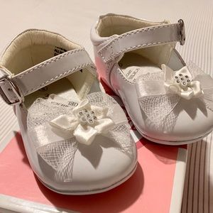 ✨NWOT- Babygirl baptism dress shoes✨